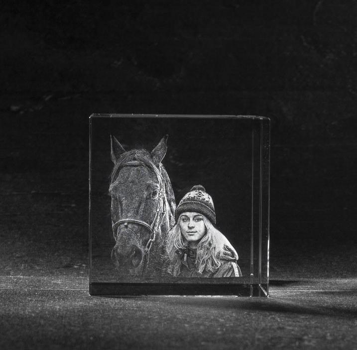 Foto in glas - 3D kristal kubus 2 portretten